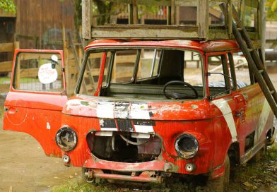 demontaż samochodu